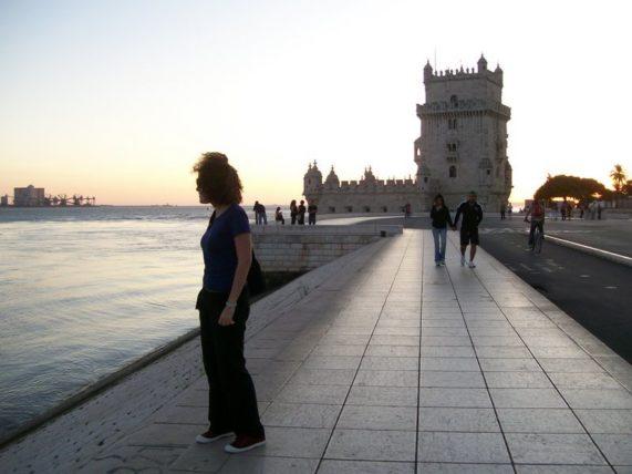 eu em versão 2009 e a Torre de Belém :)