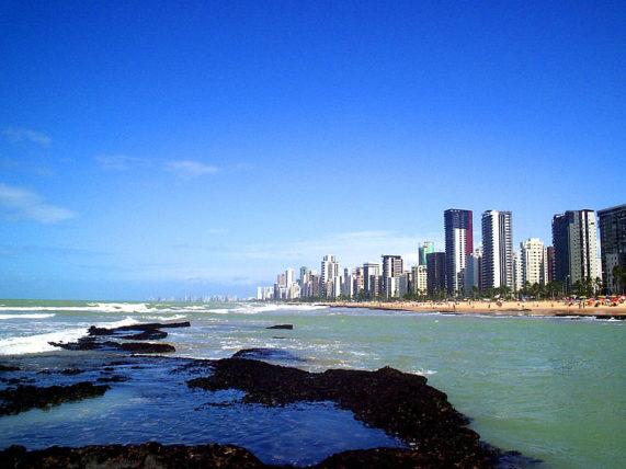 Sim, eu tive que usar uma foto clichê do Wikimedia Commons, porque não achei nesse computador nenhuma foto legal da minha cidade feita por mim. Shame on me!
