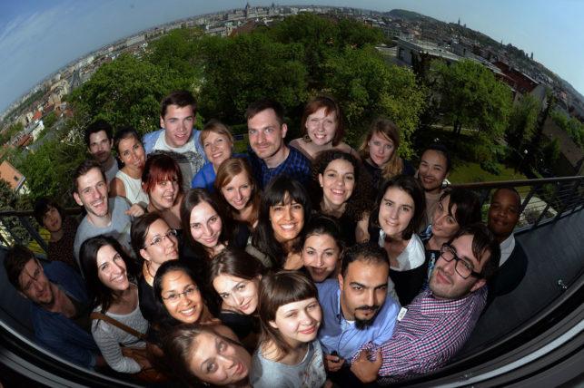 O pessoal da study session em Budapeste, vindos de uns 15 países diferentes. Procurei alguns no Google antes de ir e achei que não ia ter nada a ver com eles. Não podia estar mais enganada :)