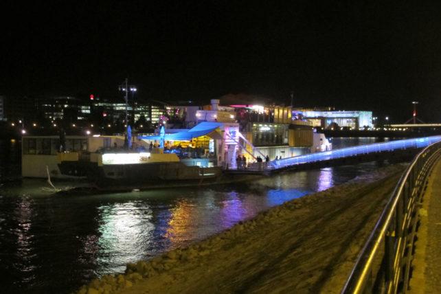 A 38: Bar/barco