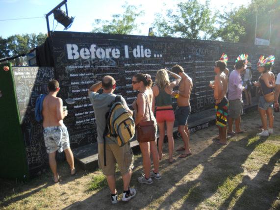 """""""Antes de morrer..."""": Como você completaria essa frase?"""