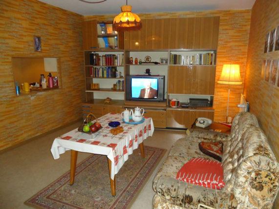 Uma sala de estar típica da RDA