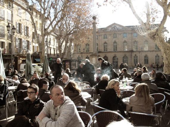Place de l'Hôtel de Ville ^^